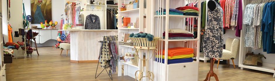 43 Kleider & Sieben Sachen